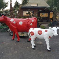 Une vache et son veau à la Pépinière de Penhouët